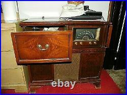 1950's DELCO Console Stereo Record Player. Very Rare. LARGE HEAVY CABINET. L@@K