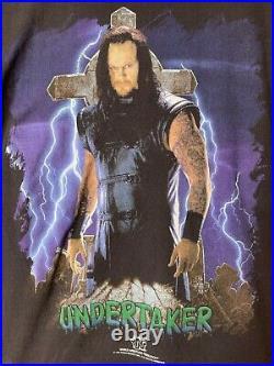 VERY RARE! Vintage 1997 Titan Sports WWF The Undertaker Mens T-Shirt Size Large