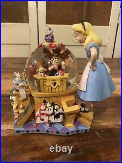 Very Large RARE Disney Alice in Wonderland Snow globe Anniversary queen Hatter