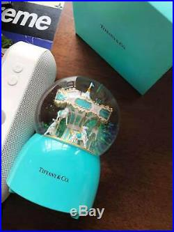 Very Rare 2018 Tiffany and co snow globe large rotating with music luxury gifts